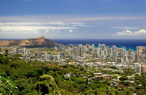living in honolulu for less than 1000 a month. Black Bedroom Furniture Sets. Home Design Ideas